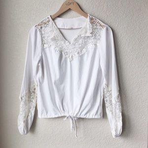 Vintage 1970s White Lace Boho Gypsy Peasant Top
